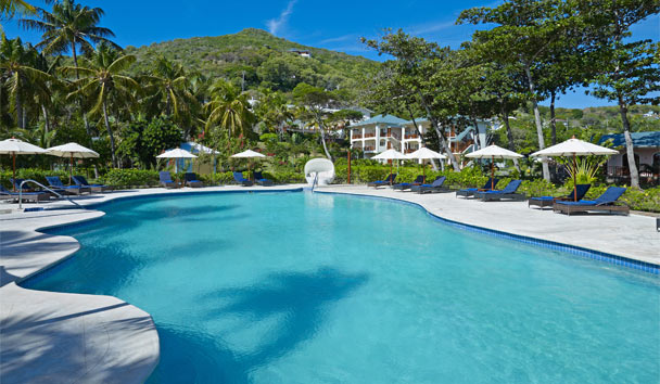 Bequia Beach Hotel: Exterior Swimming Pool