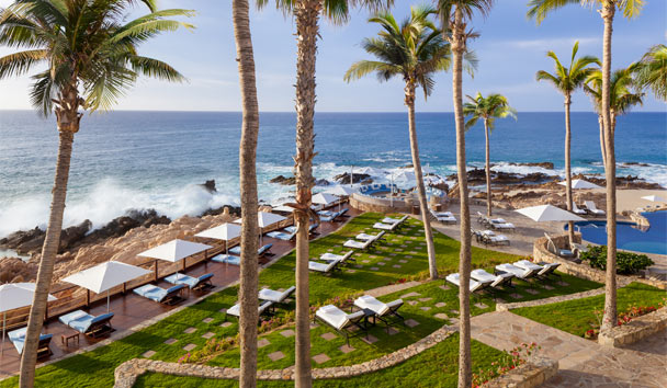 One&Only Palmilla: Vista Deck and Lounge Area
