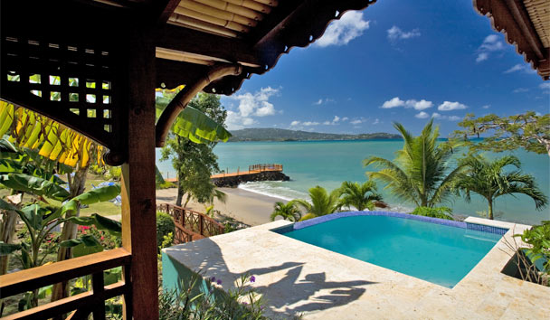 Calabash Cove Resort & Spa: Water's Edge Cottage with Pool