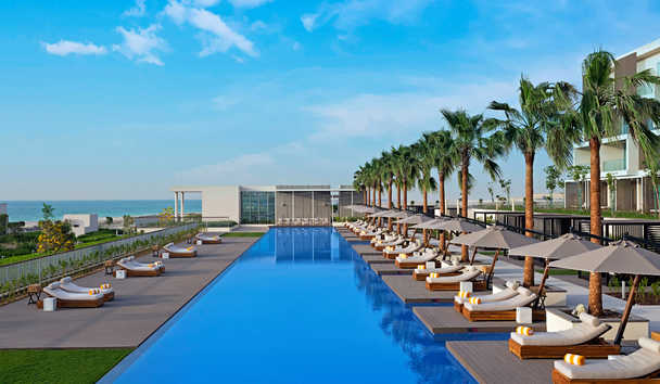 The Oberoi Beach Resort Al Zorah: Swimming pool