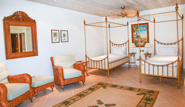 Bequia Beach Hotel: One Bedroom Cottage
