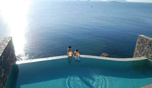 Grand Resort Lagonissi: Infinity Pool