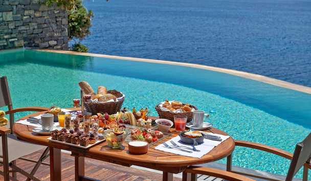 Grand Resort Lagonissi: In-Room Breakfast