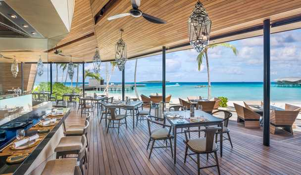 The St. Regis Maldives Vommuli Resort: Orientale Restaurant