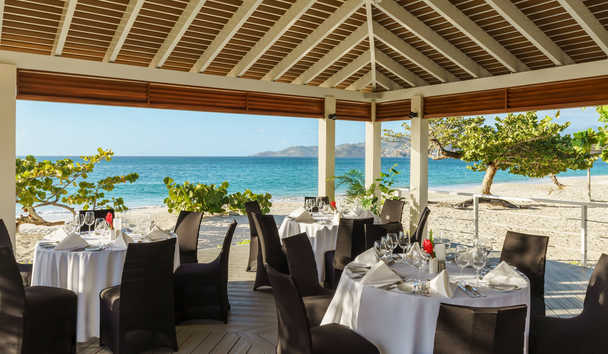 Spice Island Beach Resort: Beach Pavilion Dining