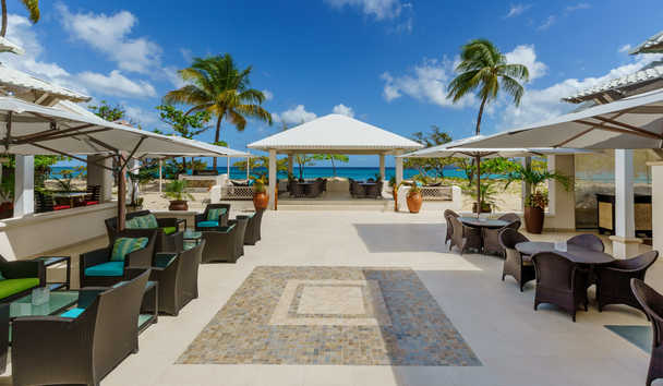 Spice Island Beach Resort: Band Stand and Dance Floor